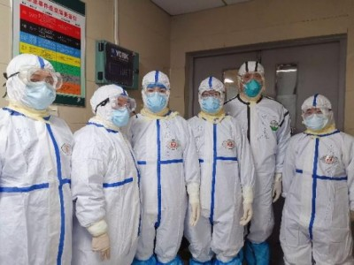 嘿,到了!黑龙江医疗队硬核五虎将助力应城市人民医院战疫总攻