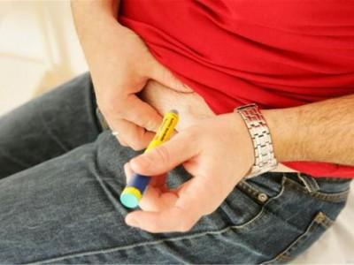 """运动作为调理糖尿病的""""药方"""",不仅有助于控制血糖,还能带来额外的好处。"""