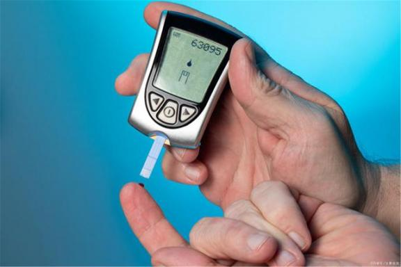 血糖控制清楚了,怎么还会有并发症?我们来比较四个原因。  吃了毓婷还会怀孕吗 二尖瓣狭窄的并发症 四川还会地震吗 如果还会有一次 干燥综合症的并发症 急性心梗的并发症 第1张