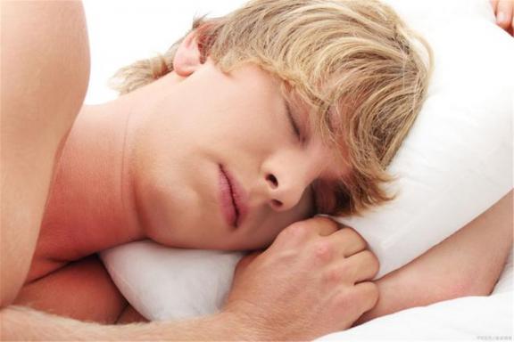 为什么睡觉会梦到春天?总的来说,这两个原因很常见,不用担心。  梦到飞檐走壁 朝鲜美女陪金正日睡觉 做梦梦到蛇缠身 梦到别人吃鱼 蟒蛇每晚缠着女子睡觉 一整夜不睡觉 其实你什么都不用担心 第1张