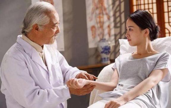 """提醒:高血压的""""克星""""不仅仅是酒精、两种食物或帮凶,很多人都搞错了。  高血压脑中风 肝火旺吃什么食物 高血压饮食治疗原则 来客提醒 高血压吃什么补品好 慢性酒精中毒的症状 一人我饮酒醉另类词 高血压放血疗法 高血压食疗方 高血压饮食食谱 第6张"""