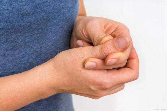 """痛风和高血压总是""""相爱相杀""""?如果患者尽快完成3点,尿酸可以稳定下来。  痛风清圣茶 一批慢性病患者常用药大幅降价 痛风安十五味乳鹏丸 攀高血压计 晚上10点到凌晨3点 高血压放血疗法 高血压的形成原因 痛风病症状 注射玻尿酸价位 为何有患者出院后复检核酸阳性 第1张"""