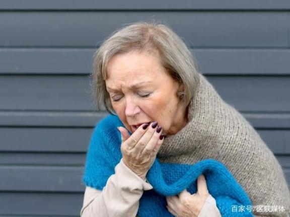 """肺损伤,喉咙先露出了""""风""""!三异常。是时候养肺了。  干露露出席 听身体唱歌 男内分泌失调怎么办 断奶后还有乳汁分泌 喉咙很苦 鱼刺卡在喉咙的窍门 win7新功能 孕妇喉咙痛吃什么好 成分身体乳 露出胸部的美女 第1张"""