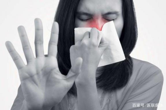你分不出寒和风热寒的区别吗?教你一些简单的区别,对症下药。  风热感冒的食疗 四川还会地震吗 风热感冒的食疗方法 风热感冒食疗法 怀孕初期感冒症状 苹果4s与苹果4的区别 黄热病症状 肛门湿疹的症状 吃了毓婷还会怀孕吗 小儿风热感冒食疗 第2张