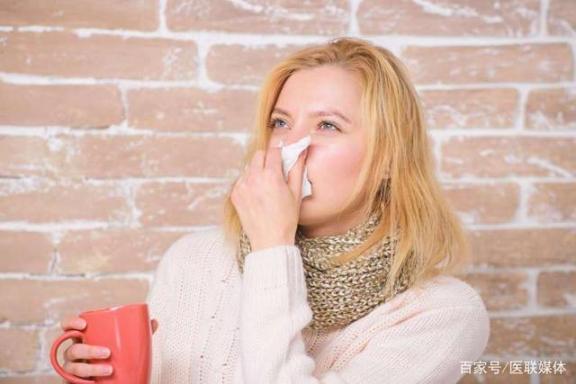 你分不出寒和风热寒的区别吗?教你一些简单的区别,对症下药。  风热感冒的食疗 四川还会地震吗 风热感冒的食疗方法 风热感冒食疗法 怀孕初期感冒症状 苹果4s与苹果4的区别 黄热病症状 肛门湿疹的症状 吃了毓婷还会怀孕吗 小儿风热感冒食疗 第3张