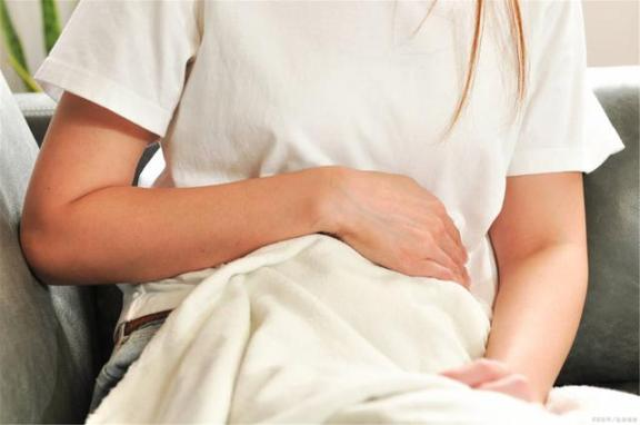 胃溃疡患者应注意6种异常。一旦发现,就要尽快治疗,病情恶化就来不及了。  运动神经元病变 胃溃疡急性穿孔 探索发现之秘境追踪 男人一定要割吗 中国挪威关系恶化 云南白药治疗胃溃疡 宫颈癌前病变的治疗 癔病患者 痛风的症状及治疗 恶性叶甲 第3张