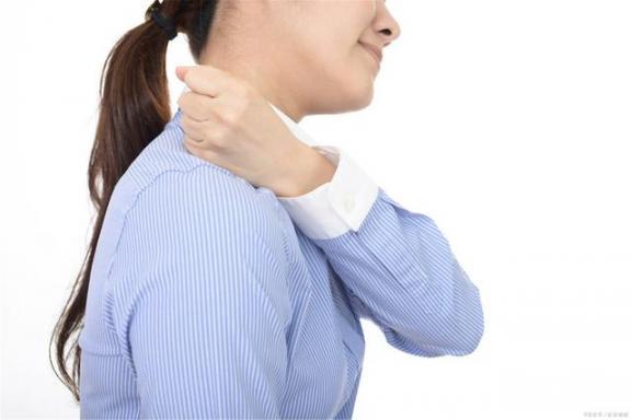 颈椎病只是脖子疼?尝试3种小方法来保护颈椎免受损伤。  颈椎病最好的医院 颈椎病的自我治疗图 我的第一次文学尝试 颈椎病治疗专家 微机综合保护 瘦大腿最有效的方法 我的一次科学尝试作文 盗种小娇妻 凤尾竹的养殖方法 学数学损伤大脑 第3张