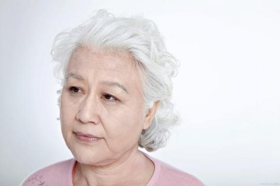 又老又怕老年痴呆症?保持三个习惯,现在开始还不晚。  富人的7个思维习惯 从现在开始教学反思 从现在开始吃素 老年痴呆症更名 治疗老年痴呆症 重阳节的风俗习惯 从开始到现在张信哲 布依族的风俗习惯 老年痴呆症的前兆 第2张