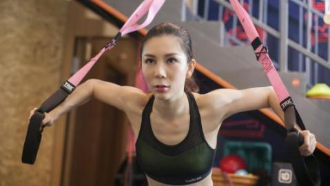 锻炼全身肌肉,熟练使用拉伸机,效果比健身房好。  液压拉伸机 薄板拉伸机 锻炼胸肌最有效的方法 锻炼方案 健身房运动地板 劲松附近健身房 效果好的美白产品 女性锻炼 美白效果最好的面膜 丹彤健身房 第6张