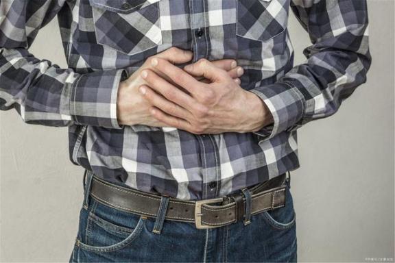 有肠炎就要吃易消化的食物,避免刺激性食物?有几点需要注意。  结肠炎的早期症状 肠炎888 治疗痔疮的食物 什么奶粉容易消化 得了结肠炎怎么办 端午节必吃的9种食物 儿童不宜多吃的食物 第1张
