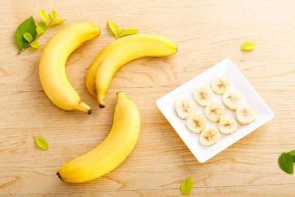 你知道吗?香蕉不能随便吃。为了健康,我们应该注意五个问题。  香蕉之歌 女主播吃香蕉 早餐吃香蕉减肥吗 有氧健身体操 痛经吃香蕉 雾霾对身体的危害 提供线索随便吃 五行健身体操下载 狠狠啪在线香蕉 周公解梦梦见很多人 第2张