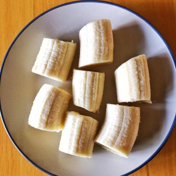 你知道吗?香蕉不能随便吃。为了健康,我们应该注意五个问题。  香蕉之歌 女主播吃香蕉 早餐吃香蕉减肥吗 有氧健身体操 痛经吃香蕉 雾霾对身体的危害 提供线索随便吃 五行健身体操下载 狠狠啪在线香蕉 周公解梦梦见很多人 第4张