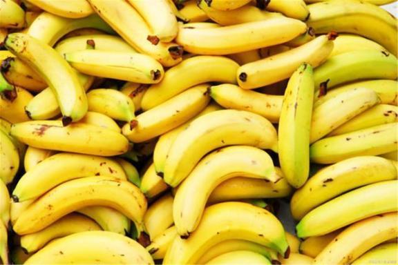 你知道吗?香蕉不能随便吃。为了健康,我们应该注意五个问题。  香蕉之歌 女主播吃香蕉 早餐吃香蕉减肥吗 有氧健身体操 痛经吃香蕉 雾霾对身体的危害 提供线索随便吃 五行健身体操下载 狠狠啪在线香蕉 周公解梦梦见很多人 第13张