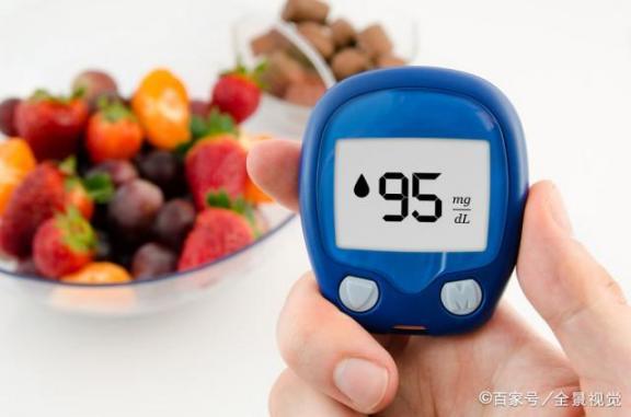 气温低,血糖容易升高,糖尿病患者要多保重。最好听听这五条建议。  季节性流感疫苗 工作证设计模板 人大代表建议范文 在这个薄情的世界上深情地活着 在这个不寻常的春天里 气温升高 低血糖综合症 药品销售工作总结 护理工作个人总结 分手在这个冬天 第1张
