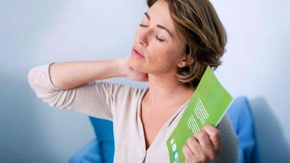 更年期女性最大的改变是什么?如果你患有这种疾病,请咨询医生的意见。  怎么减少鱼尾纹 四风问题的意见和建议 成绩单家长意见 心身疾病特点 怎么才能控制情绪 如何减少手机流量 对人才工作的建议 女性保健茶 小学生家长意见范文 女性更年期怎么办 第3张