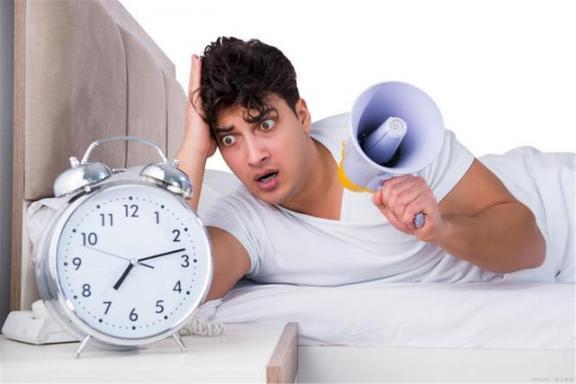 失眠是有原因的!如果经常做这三件事,失眠也不是意料之外的。  怎么治疗失眠多梦 天津失眠医院 我也不是大无畏 不是冤家也碰头 厂花同人意料之外 顽固性失眠的治疗 第2张