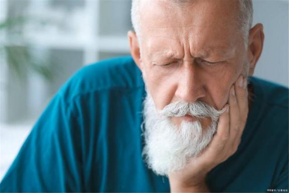 老年后,为什么有老年味?或者五个诱因是坏的。  为什么拉屎有血 有马贵将为什么这么强 为什么我有了奥特曼变身器 第3张