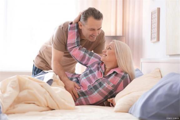 老年人有这些异常,要做好心理准备:恐怕帕金森病要来了。  严重帕金森病 wow做好准备 创业板注册制要来了 5g要来了 冻黄花鱼怎么做好吃 武汉地铁已做好恢复运营准备 治帕金森病的偏方 老年人怎样补钙 老年人补钙产品哪种好 如何治疗老年人失眠 第3张
