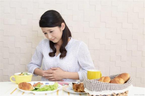 """胃癌有难的时候做四个饮食""""活""""可能更好。  饮食健康小知识 胃癌的晚期症状 饮食常识 瘦身饮食 第3张"""