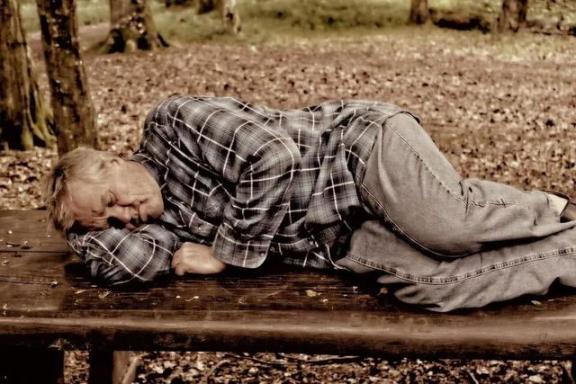 经常午睡,中风的概率会上升吗?专家注意:白天中风的概率增加了85%  两个月的宝宝睡眠时间 高质量睡眠 假体隆鼻专家 午睡宝 怎样改善睡眠质量 屏幕录像专家2012 两个月宝宝睡眠时间 会飞的人 婚姻拯救专家 三个月的宝宝睡眠时间 第2张