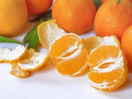 吃水果要吃季节性的,营养成分很多,一个比一个好吃。  水果忍者游戏在线玩 痘坑修复水果酸换肤 养生专题 喉咙痛吃什么水果好 光身体的女人 谁动了我的身体 拯救橘子 洋白菜怎么做好吃 睡眠不好吃什么好 怎样煲鸡汤好吃 第3张