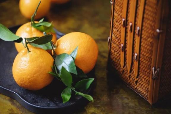 三月份,这四种水果正好适合食用,四种不同的味道,甜而有营养。  黑芝麻的功效与作用及食用方法 食用菌烘干机 虾皮的营养价值 什么水果含维生素c 燕窝的功效与作用及食用方法 适合做背景音乐的歌 水果忍者官方中文版 营养排骨汤 荸荠的营养价值 水果减肥餐 第4张
