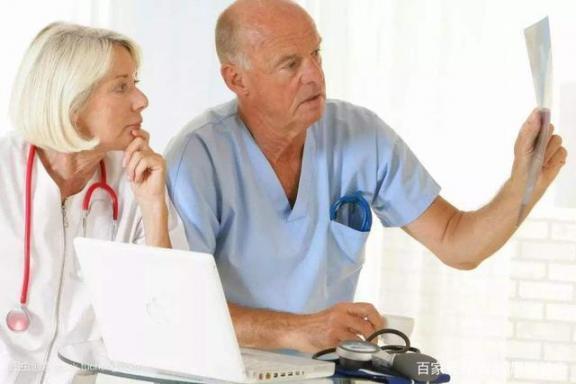 记忆力减退与阿尔茨海默病的前兆有何不同?调节生活习惯有助于改善记忆。  电热水器爆炸前兆 唐山大地震前兆 阿尔茨海默氏症 改善记忆 德国人的生活习惯 电动比例调节阀 什么牛奶有助于长高 手动风量调节阀 阿尔茨海默症能活多久 气动调节阀工作原理 第5张