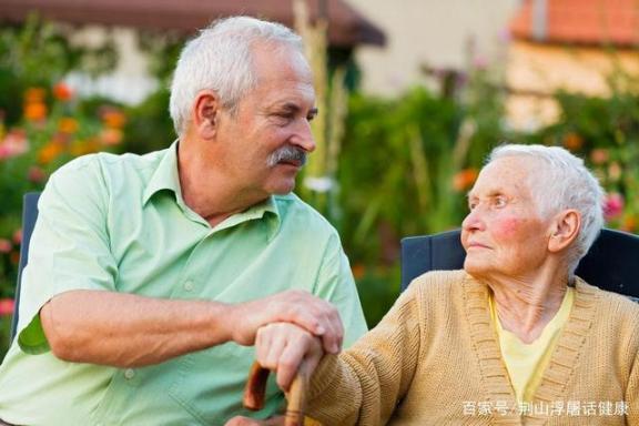 记忆力减退与阿尔茨海默病的前兆有何不同?调节生活习惯有助于改善记忆。  电热水器爆炸前兆 唐山大地震前兆 阿尔茨海默氏症 改善记忆 德国人的生活习惯 电动比例调节阀 什么牛奶有助于长高 手动风量调节阀 阿尔茨海默症能活多久 气动调节阀工作原理 第7张