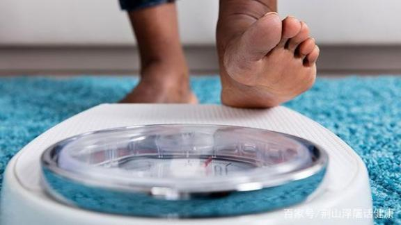 判断糖尿病不能只靠三多一少。如果出现这八种症状,要及时干预。  肝有问题的症状 糖尿病肾病饮食 脾脏不好的症状 今日说法判断 孕妇糖尿病 皮肤癌的症状 糖尿病病例 如何判断生男生女 如何判断肤质 第3张