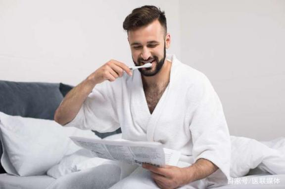 牙龈红肿出血?如何改善牙周炎?详细说明。  牙周炎是什么症状 牙周炎能治好吗 大便后出血 改善法令纹 上环后出血 牙周炎偏方 梦见耳朵出血 怎样改善皮肤粗糙 怎么改善睡眠 第2张