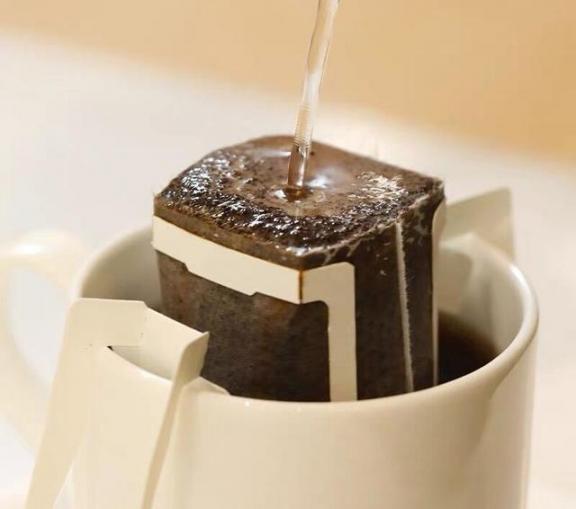 四款速溶咖啡成了心地善良,家中常备,醇厚浓香又便宜。  我成了张无忌 家中常备药 五四运动形成了什么的五四精神 变成了造句 第9张