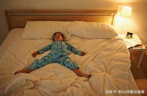 年龄越大,睡眠越少?睡眠需要多长时间?关于睡眠的误解很清楚。  股指期货对股市的影响 无私奉献的精神 测年龄 退休年龄最新规定2019 误解作文 误解英文 配股对股价的影响 两个月的宝宝睡眠时间 法定结婚年龄是多少 误解的反义词 第13张
