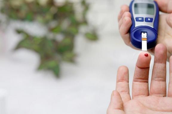 中医真的能治愈糖尿病吗?对不起,这和其他糖尿病谣言一样不可靠。  性病能治愈吗 治愈系什么意思 对不起我爱你电影 糖尿病手术 谣言的特点 58同城找工作可靠吗 网络谣言的特点 糖尿病足的护理 网络谣言事件 糖尿病胰岛素 第3张