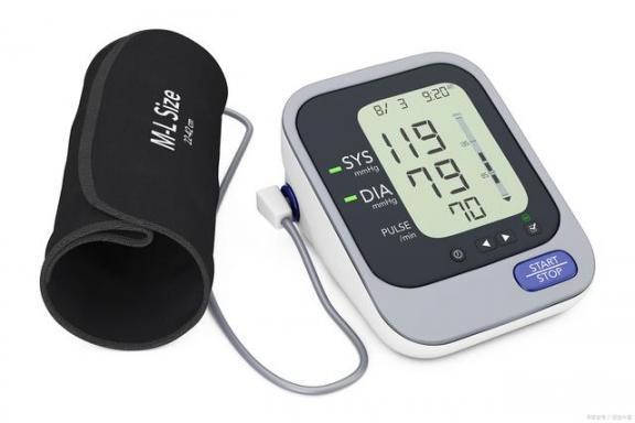 憋尿会导致血压测量不准确吗?不要忽视这四个因素。  什么原因导致不孕 憋尿的后果 十大身体乳排名 胯下挺进美妇身体 衣食住行的变化 忽视的意思 导致不孕不育的原因有哪些 电子血压计品牌 喝酒划拳 体罚高跟鞋憋尿的方法 第1张