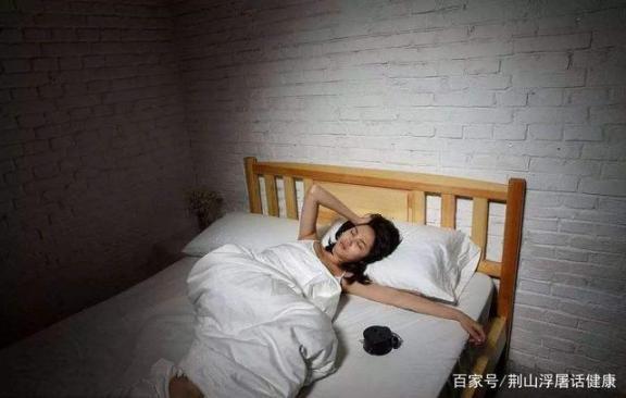 睡多久才算达标?为何失眠数羊到底有用?一言以蔽之。  达标国际 安全生产标准化达标 美白针有用吗 一控双达标 过滤烟嘴有用吗 丰胸产品有用吗 第4张