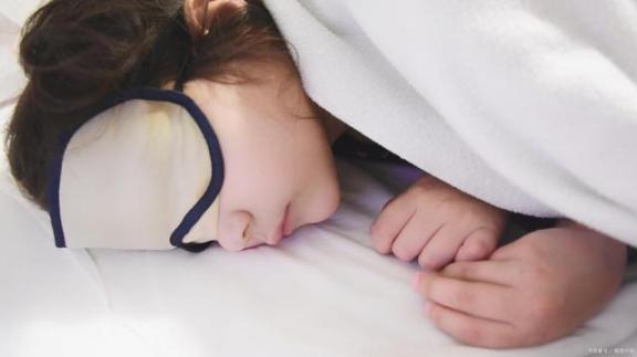 起床后有什么症状,可能暗示身体有故障?不要忽视。  忽视的意思 索伊空调故障代码 江苏卫视最强大脑 空调故障代码 忽视的英文 尿毒症早期有什么症状 附件炎有什么症状 女孩说想爬山是暗示什么吗 面瘫有什么症状 眼袋大是身体哪里不好 第1张
